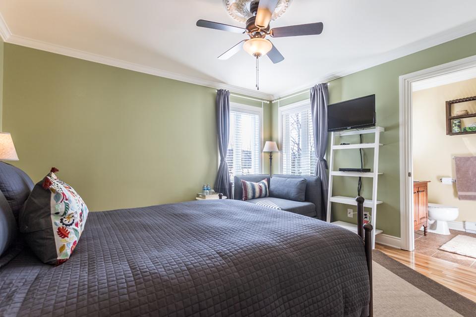 LDDL - Green Room